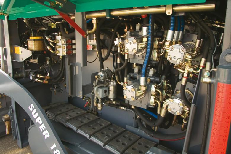 Двигатель асфальтоукладчика Vogele Super 1800-2