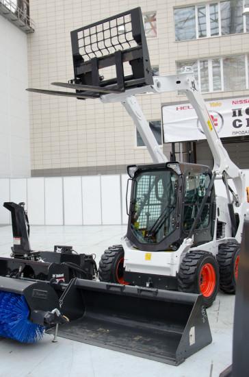 Различное навесное оборудование для Bobcat S530
