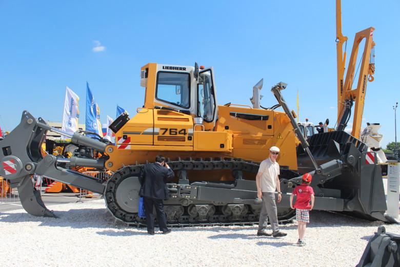 Трактор Либхер 734
