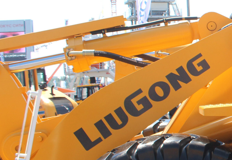 Гидравлика ковша погрузчика LiuGong CLG 842