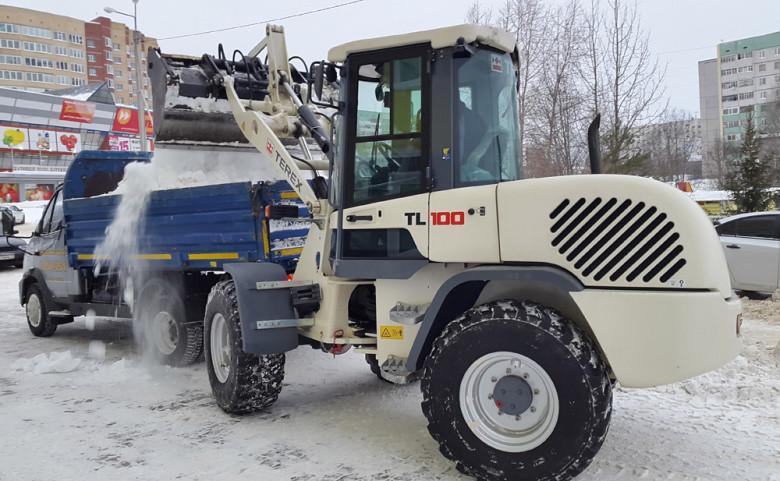 Уборка снега на Терекс ТЛ 100