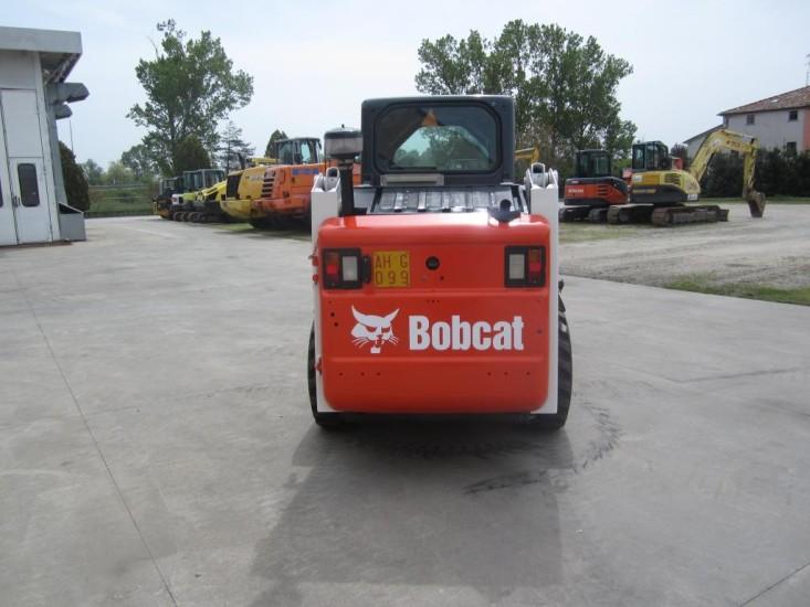 Погрузчик Бобкэт S130