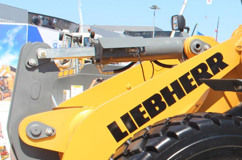 Гидравлические узлы ковша Liebherr L538