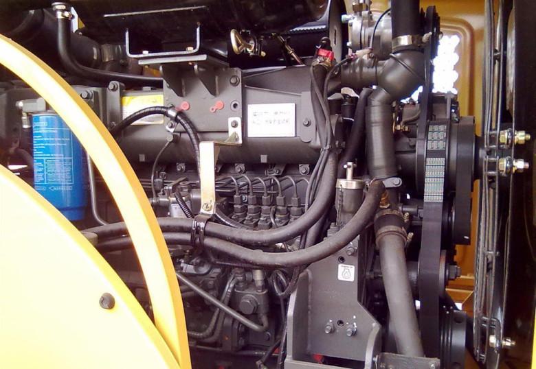 Двигатель LiuGong 888