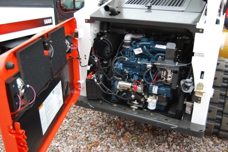 Двигатель Bobcat T650