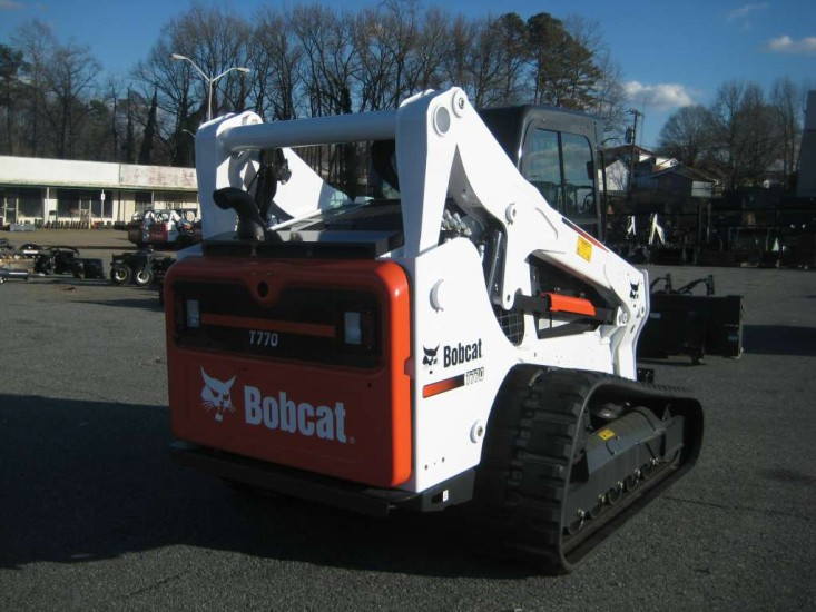 Мини-погрузчик Bobcat T770