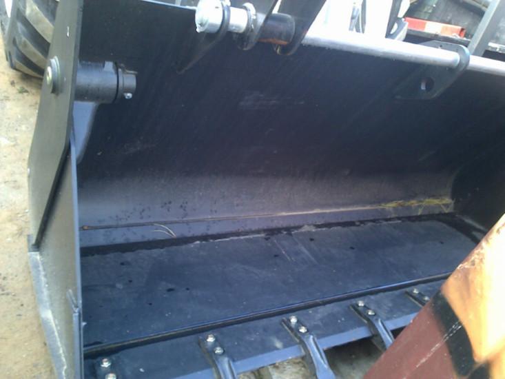 Фронтальный ковш Терекс 860