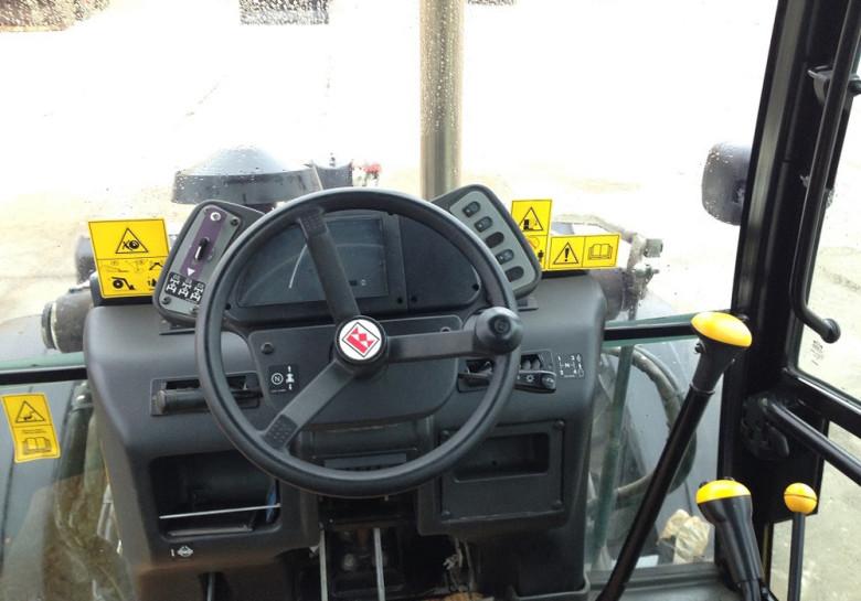 Рабочее место оператора Terex 860