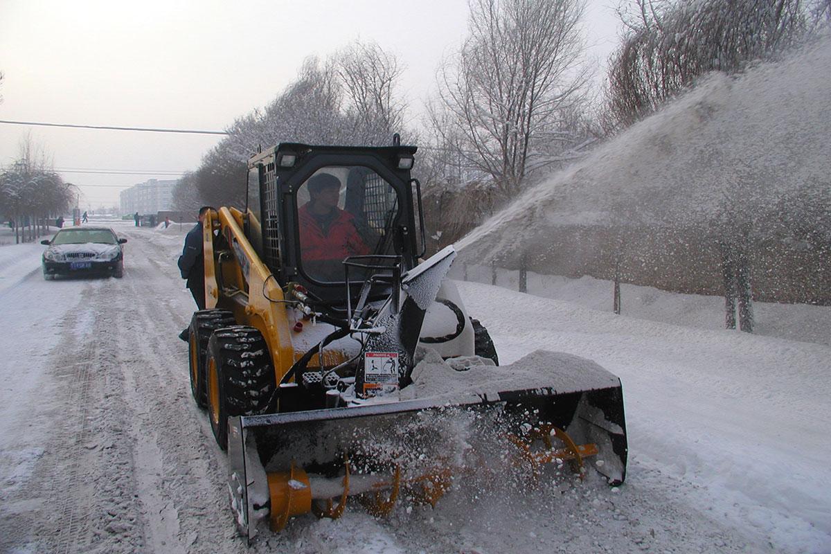 Купить лопаты для уборки снега с крыш
