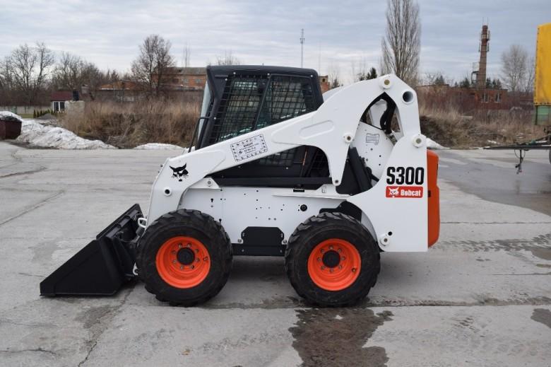 Мини-погрузчик Bobcat S300