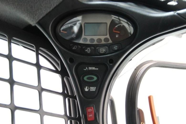 Приборная панель Bobcat S 450